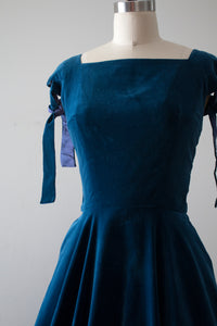 vintage 1950s Anne Fogarty velvet dress