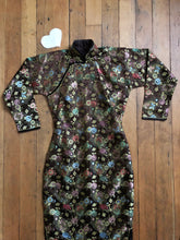Load image into Gallery viewer, vintage 1940s bronze brocade Cheongsam dress