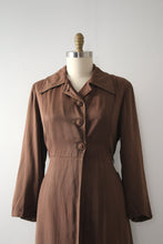 Load image into Gallery viewer, vintage 1940s brown gabardine jacket