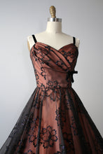 Load image into Gallery viewer, vintage 1950s bubble hem dress