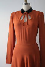 Load image into Gallery viewer, vintage 1940s orange crepe dress