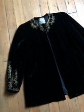 Load image into Gallery viewer, vintage 1930s velvet jacket