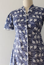 Load image into Gallery viewer, vintage 1940s novelty print sailboat dress