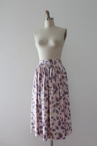 CLEARANCE vintage 1950s feather print skirt