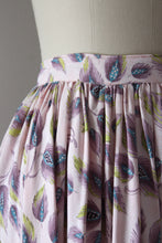 Load image into Gallery viewer, vintage 1950s feather print skirt