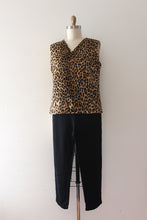 Load image into Gallery viewer, vintage 1960s faux leopard top