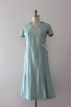 Load image into Gallery viewer, vintage 1930s day dress