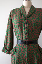 Load image into Gallery viewer, vintage 1940s Nelly Don green rayon dress