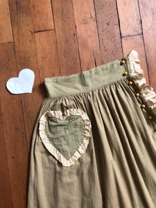 vintage 1930s novelty bakelite heart skirt