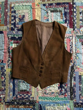 Load image into Gallery viewer, vintage 1940s suede vest