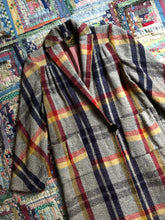 Load image into Gallery viewer, vintage 1930s plaid wool coat