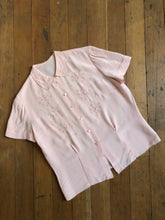 Load image into Gallery viewer, vintage 1940s pink rayon blouse