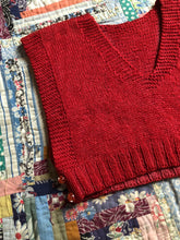 Load image into Gallery viewer, vintage 1940s knit red vest