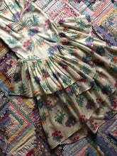 Load image into Gallery viewer, vintage 1920s floral dress