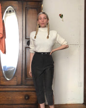 Load image into Gallery viewer, vintage 1950s corduroy crop pants