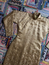 Load image into Gallery viewer, RARE vintage 1940s padded Cheongsam dress