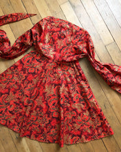 Load image into Gallery viewer, vintage 1950s Hawaiian wrap dress