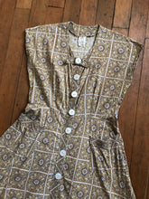 Load image into Gallery viewer, vintage 1950s paisley dress