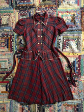 Load image into Gallery viewer, vintage 1940s plaid fleece dress