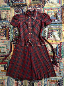 vintage 1940s plaid fleece dress