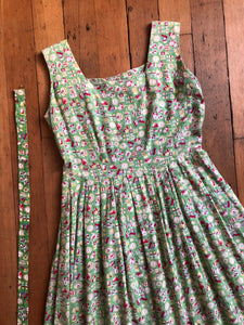 vintage 1950s novelty kitchen dress