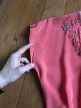 Load image into Gallery viewer, vintage 1940s pink rayon dress