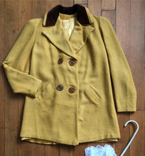 Load image into Gallery viewer, vintage 1940s mustard yellow jacket