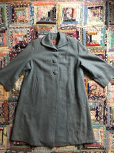 Load image into Gallery viewer, vintage 1940s pale blue coat
