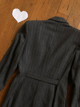 Load image into Gallery viewer, vintage 1940s belted back jacket