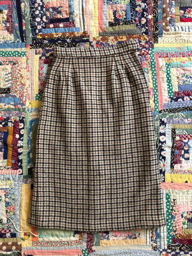 CLEARANCE vintage 1950s houndstooth pencil skirt