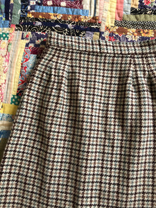 vintage 1950s houndstooth pencil skirt