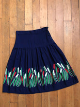 Load image into Gallery viewer, vintage 1930s 40s border print cattails skirt
