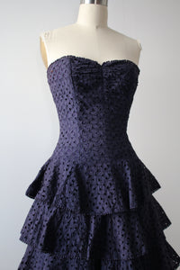 vintage 1950s strapless dress