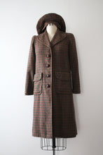 Load image into Gallery viewer, vintage 1940s wool coat with hat