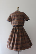 Load image into Gallery viewer, vintage 1950s Jerry Gilden novelty Persian Rug print dress