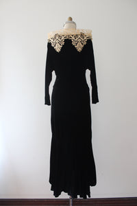 vintage 1930s black velvet evening gown