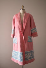 Load image into Gallery viewer, vintage 1920s Beacon Blanket robe