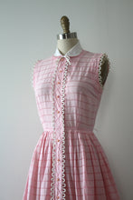 Load image into Gallery viewer, vintage 1950s pink dress