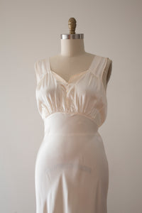 vintage 1930s nightgown slip