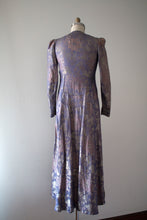 Load image into Gallery viewer, vintage 1930s lamé evening gown