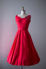Load image into Gallery viewer, vintage 1950s Doris Dodson red dress set