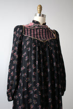 Load image into Gallery viewer, vintage 1970s paisley dress