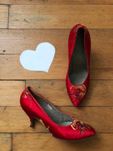 Load image into Gallery viewer, vintage 1960s Chinese red satin heels