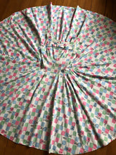 Load image into Gallery viewer, vintage 1950s CHESS game dress with full circle skirt