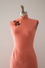 Load image into Gallery viewer, vintage 1960s wool Cheongsam dress