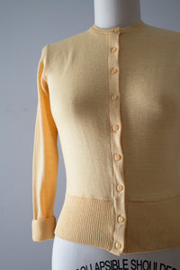 vintage 1930s 40s yellow wool sweater