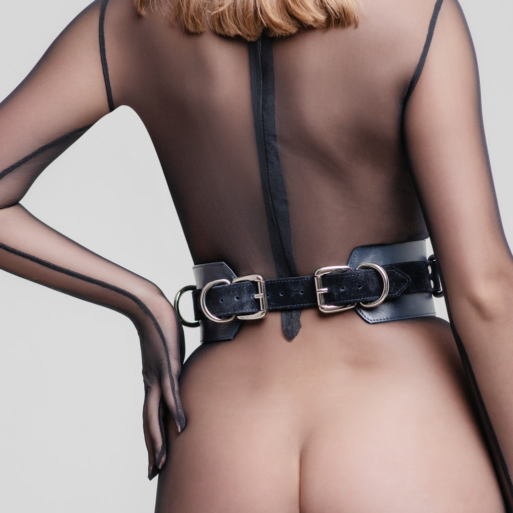 "Bondage Belt ""Full Moon"""