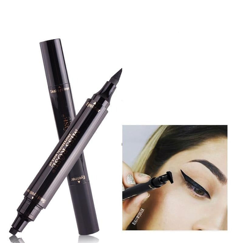 Tampon Triangulaire Eye Liner 2 en 1