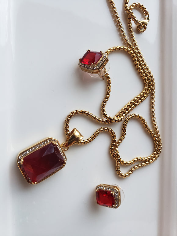 RUBY RED Earring and Necklace Set.