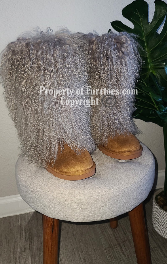 Extra Fluffy Mid calf boots